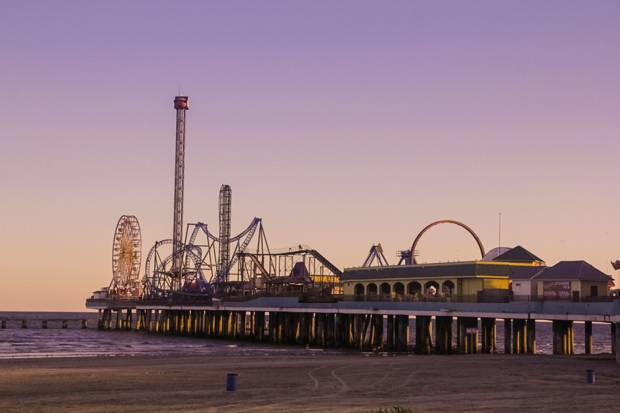 GalvestonPier_2017_1